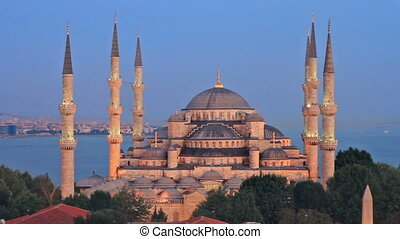 From Blue Mosque to Hagia Sophia