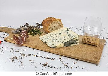 fromage bleu, corsican, plat, auvergne, charcuterie