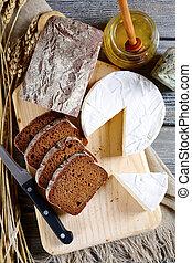 fromage, découpage, noir, planche, brie, pain