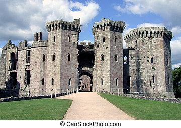 Front entrance of Raglan Castle