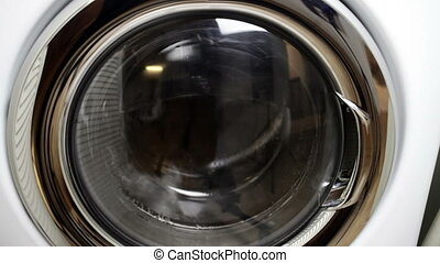 Front loading washing machine spinning