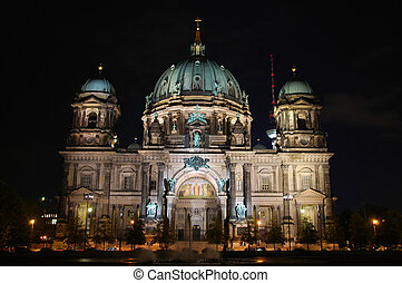 frontal view of berlin dome by night with black sky