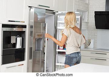 fronte, carino, ragazza, commerciale, frigorifero
