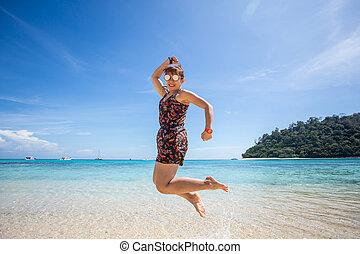 fronte, donna, spiaggia, saltare, oceano