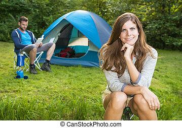 fronte, donna, tenda