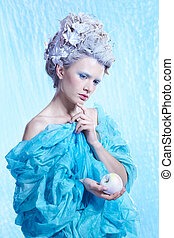 frozen fairy with apple