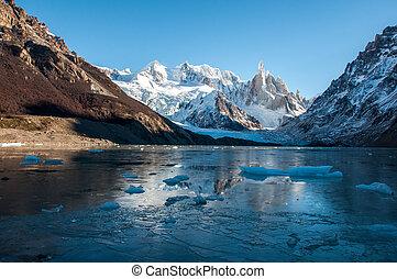 frozen lake, fitz, torre, argentinien, cerro, roy