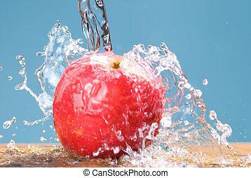 frozen splash drop on apple