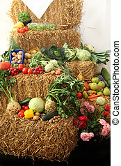 Fruit and vegetables at Thanksgiving - Fruit and vegetables...