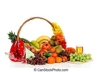 Fruit basket, white grape juice - Seasonal varied tropical ...