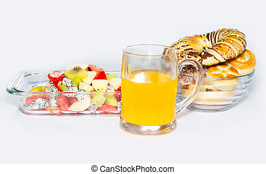 Fruit bread and drinks