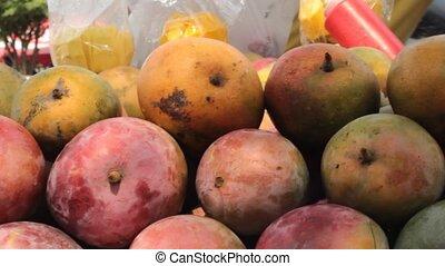 fruit frais, vendeur, mûre