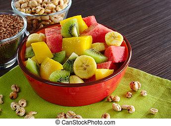 fruit, granen, slaatje