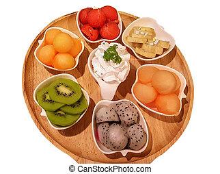 Fruit in a food tray. Sweet. photo. food. menu