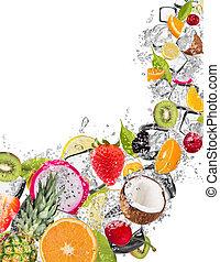 fruit, in, water, gespetter, op wit, achtergrond