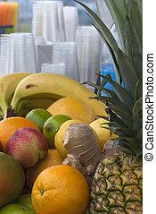 Fruit Juicing Bar