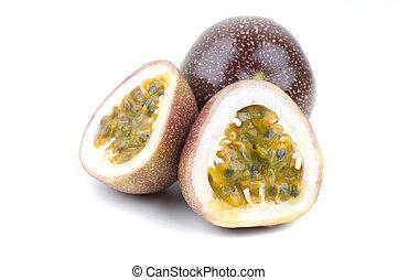 fruit, passion, divisées deux