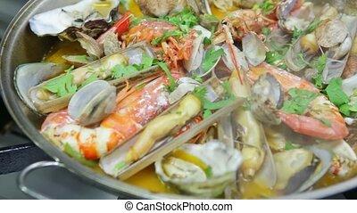 fruits mer, fire., portugais, cuisine, cataplan, video., ...