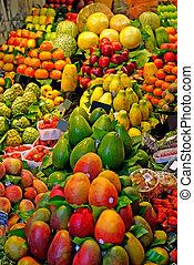 fruits., värld, berömd, barcelona, marknaden, spain., selektiv, fokus.