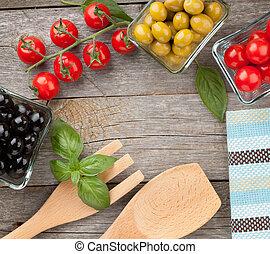 Fruits, vegetables and utensils