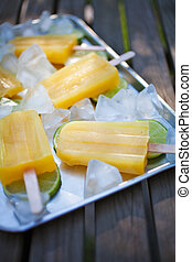 Fruity popsicles with ice and lime