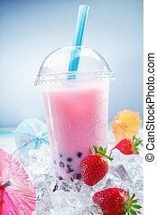 Fruity Strawberry Bubble Tea - Fruity Strawberry Boba Bubble...