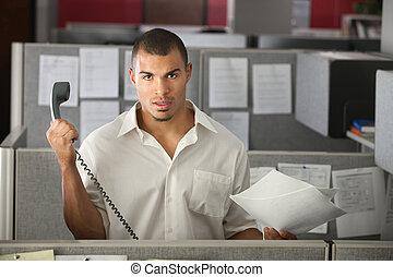 frustrado, trabajador, oficina