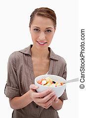 fruta, mulher, tigela, salada