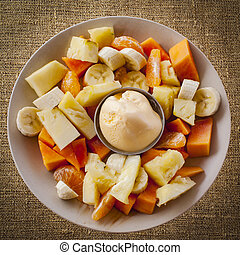 fruta tropical, gelo, salada, creme