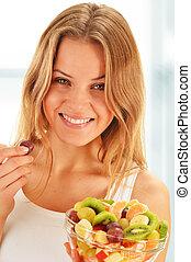 frutta, donna mangia, giovane, insalata