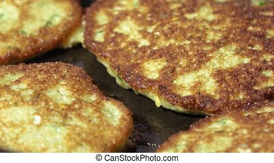 Fry cutlet from caviar - In a frying pan put stuffing of...