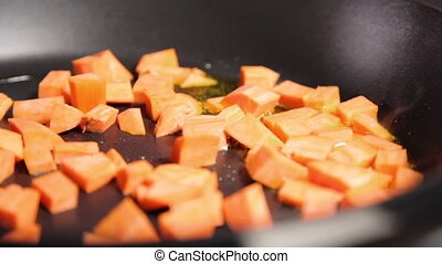 Frying sweet potatoes