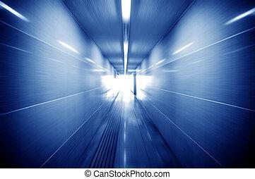 fußgänger, tunnel