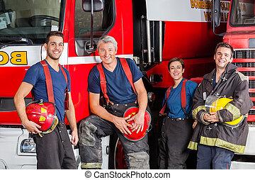 fuego, feliz, bomberos, estación, equipo