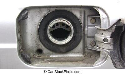 Fuel Tank - Canon HV30. HD 16:9 1920 x 1080 @ 25.00 fps....