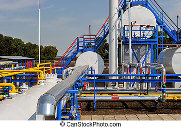 Fuel Tanks and Gas Pipes