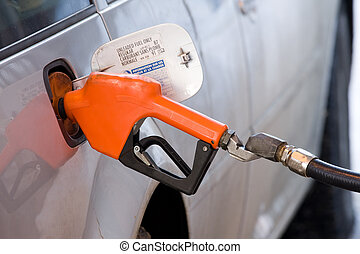 Fueling up vehicle