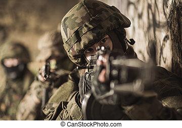 fuerzas especiales, soldado