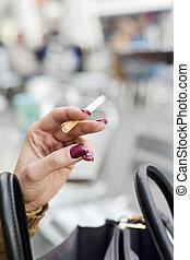 fumar, mujer, joven, cigarrillo