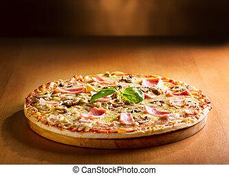 funghi, pancetta affumicata, pizza