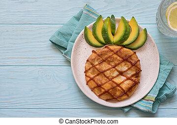 Breakfast for kids - omelette look like a pineapple