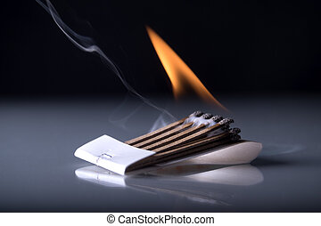 fuoco, matchbook