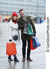 fuori, insieme, allegro, shopping, coppia