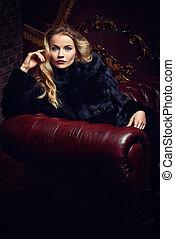 fur coat salon