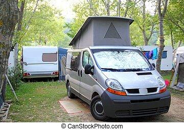 furgon, kempingezés, kempingező, liget, szabadban, sátor