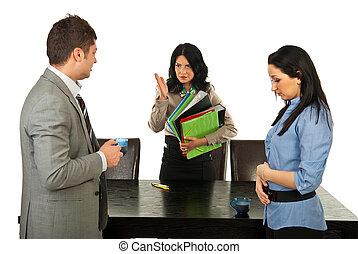 furieus, directeur, disputeren, werknemers