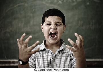 furioso, enojado, alumno, en, escuela, gritar