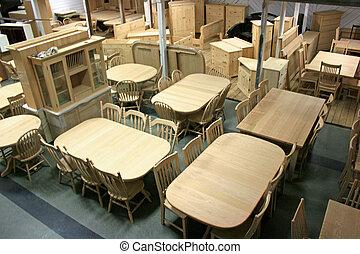 Furniture - Wood furniture at puplic auction.