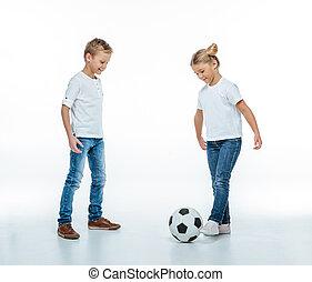 futball, mosolygós, labda, játék, gyerekek