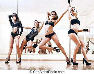 fyra, ung, sexig, pol, dans, kvinnor